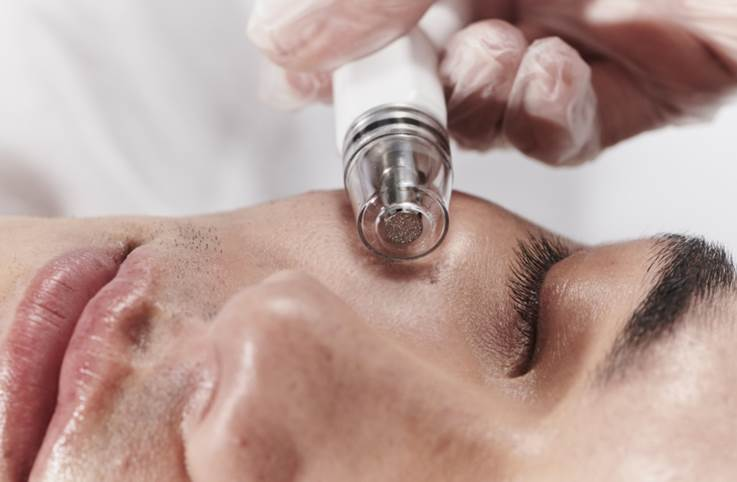 SkinMedica's DiamondGlow Hits Doctor's Offices image