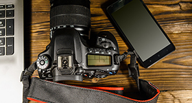 The Showdown: Smartphone vs. DSLR Cameras image
