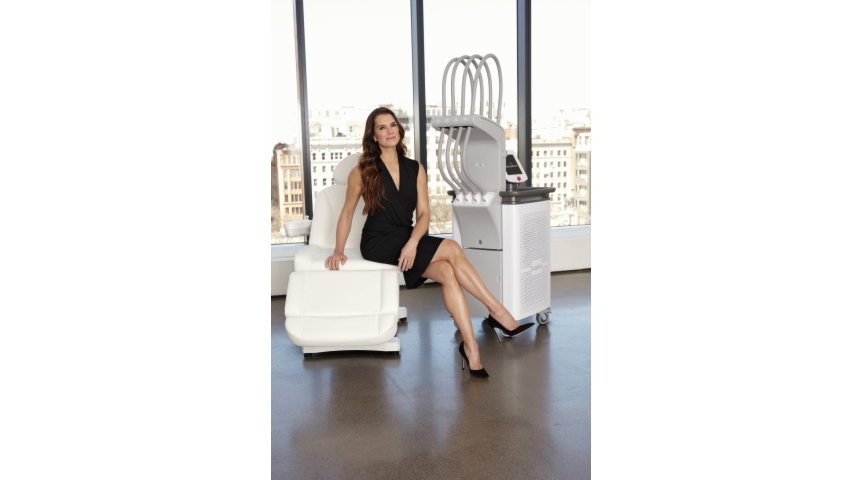 Brooke Shields Takes on New Role as Celebrity Spokesperson for SculpSure Body Contouring image